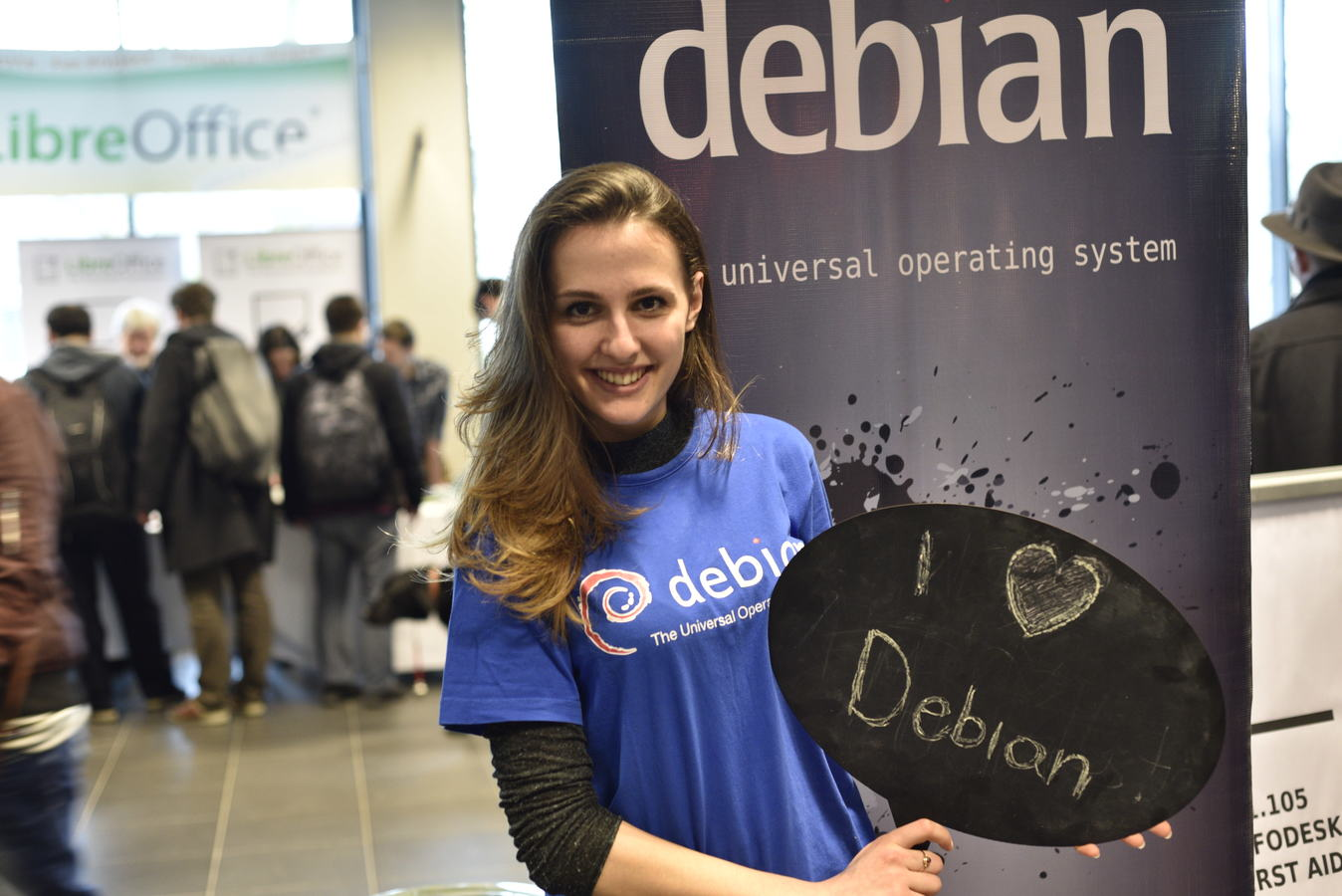 I love Debian